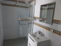 elke kamer heeft een eigen badkamer